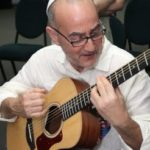 rabbi-blane-playing-guitar