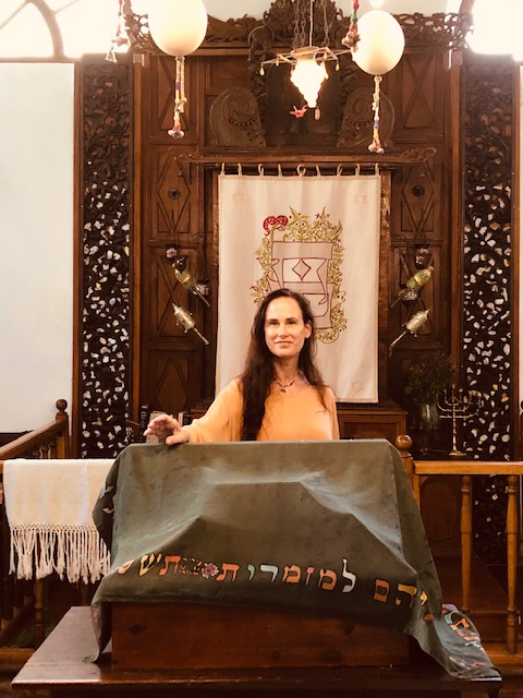 JSLI trained Rabbi Jordania Goldberg brings peace to the world